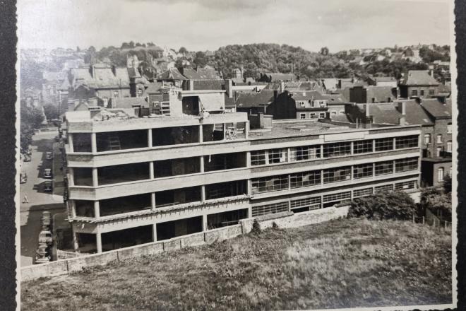 Construction du garage Mathot rue des Dames Blanches à Namur début des années 50